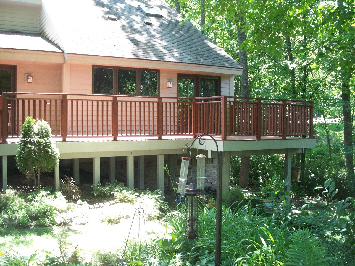Elm Grove, WI Deck Builder